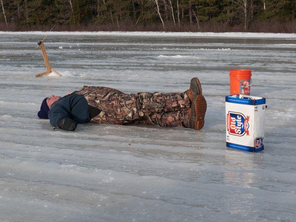 2 Jamokes - Ice Fishing